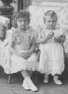 """romanovdreams: """" """"Grand Duchesses Tatiana and Maria Nikolaevna, 1900 """" """""""