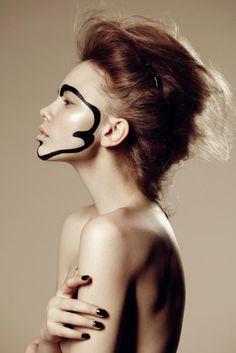 08-graphic-black-makeup.jpg (607×909)