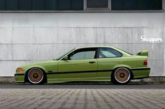 BMW E36 M3 green slammed