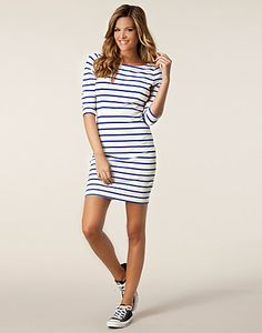 Vidinge Dress - Boomerang - White/striped - Dresses - Clothing - NELLY.COM