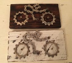 Cycling Gift Cycling Art Wall Plaque Gift for Cyclist Upcycled Recyled Bicycle Parts Bicycle Chain Pallet Wood Steampunk Art Unique Gift