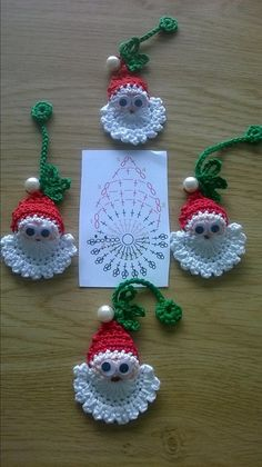 Image detail for -Santa Crochet Doily Centrinho Papai Noel 4 pinkrosecrochet. Crochet Christmas Decorations, Crochet Ornaments, Christmas Crochet Patterns, Holiday Crochet, Crochet Snowflakes, Christmas Crafts, Father Christmas, Christmas Christmas, Christmas Applique