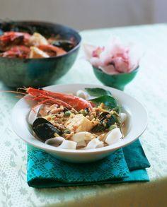 Currysuppe mit Meeresfrüchten | http://eatsmarter.de/rezepte/currysuppe-mit-meeresfruechten