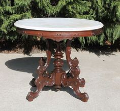 Great Victorian Brooks Style Fancy Walnut Oval Marble Top Parlor Lamp Table C1875  #Victorian