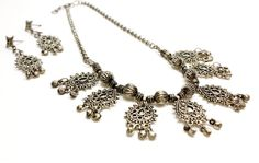 Items similar to Bronze Color Necklace and Earrings Set. Flower Style Metal Jewelry with Small Dangling Balls. Pierced Earrings on Etsy Metal Jewelry, Jewelry Sets, Unique Jewelry, Pierced Earrings, Flower Fashion, Indian Style, Stone Pendants, Jewelry Supplies, Beautiful Necklaces