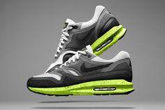 AIR SUPERIORITY: INTRODUCING NIKE AIR MAX LUNAR1 | Sneaker Freaker