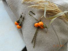 """Купить """"Облепиха"""" комплект (булавка-""""малышка"""" и серьги) - оранжевый, облепиха, комплект украшений, комплект, брошь"""