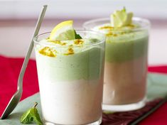 Easy recipe: Salmon and broccoli cream duo Healthy Starters, Salmon And Broccoli, 5 Recipe, Tasty Bites, Entrees, Panna Cotta, Easy Meals, Appetizers, Skinny Kitchen