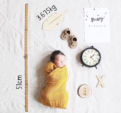 Wood Feather, Foto Newborn, I Promise You, Wood Letters, Wooden Decor, Planter Boxes, Tree Branches, Children Photography, Photo Book
