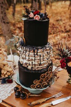We gotta admit, few and far between as they are, Halloween weddings are a pretty big hit around here. Gothic Wedding Cake, Black Wedding Cakes, Unique Wedding Cakes, Wedding Cake Designs, Wedding Cake Toppers, Unique Weddings, Wedding Black, Gothic Cake, Black Weddings