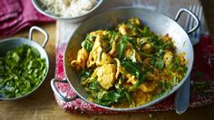Chicken and spinach balti |      This fresh-tasting easy chicken curry is a delicious recipe to have up your sleeve when you're cooking for two.
