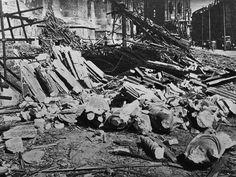 1943 Agosto Duomo di Milano Bombardato 2 | da Milàn l'era inscì
