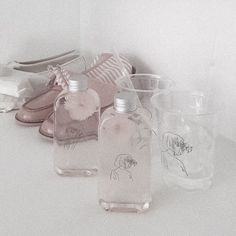 ╭╯ aesthetic ⤵︎ pink ✃ ˚ ༘ edit 〰︎ Rose Gold Aesthetic, Aesthetic Light, Aesthetic Colors, Aesthetic Photo, Aesthetic Pictures, Pastel Grey, Pink Grey, Pink Purple, Ash Grey
