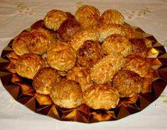 Panellets con thermomix. Ver la receta http://www.mis-recetas.org/recetas/show/12277-panellets-con-thermomix