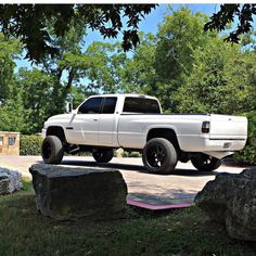 big trucks and girls Cummins Diesel Trucks, Powerstroke Diesel, Dodge Trucks, Big Trucks, Pickup Trucks, 2nd Gen Cummins, Chevy 2500hd, Future Trucks, Trucks And Girls