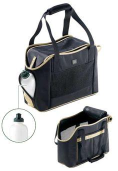 シティショッパー(犬のキャリーバッグ)  とても軽いキャリーバッグで、気軽なお出かけにぴったりの商品です。専用の水飲みボトルも付属しているのがポイントで、バッグの片サイドはメッシュ仕立てとなっており、十分な新鮮な空気を取り込むことができます。また、ペットの機内持ち込みを許可している航空会社の規定サイズをクリアしておりますので、飛行機の旅でもご利用いただけます。 Carry Bag, Gym Bag, Bags, Handbags, Duffle Bags, Taschen, Purse, Purses, Totes