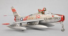 F-84F Thunderstreak 1/48 Scale Model