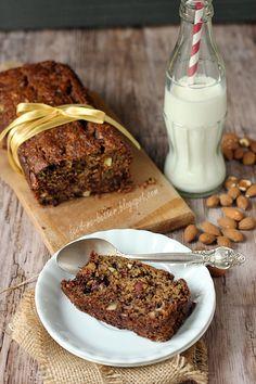 Feed Me Better: Pełnoziarnisty, otrębowy banana bread.