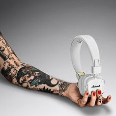 WEBSTA @ marshallheadphones - The gorgeous Major II Bluetooth. #marshallheadphones #liveformusic