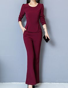 Do you think I should buy it? Suits For Women, Casual Dresses For Women, Clothes For Women, Executive Fashion, Office Outfits, Office Uniform, Casual Office, Office Wear, Colored Pants