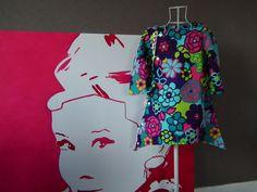 Robe fleurie processionnee sur le cote avec bordure de pompoms : Mode filles par lilobulle
