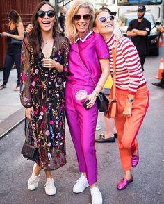 #Dutchies know how to have fun! @bo_seaofb @quirinenaayen & @lizzyvdligt at the @scotch_official #scotchandsoda #NYFW #show  @marinke_photography for #lofficielnl #newyork #fashionweek