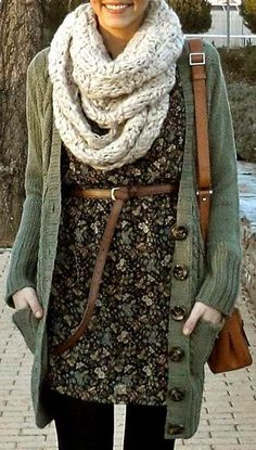 Fall Outfit With Knitted Cowl Scarf and Cardigan