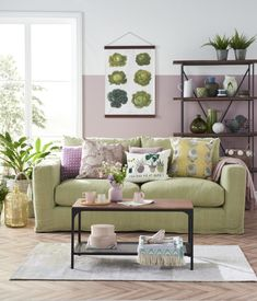 Embrace biggest Spring Summer interior trend for 2018 Living Room Green, Green Rooms, Living Room Sets, Living Room Designs, Living Room Decor, Lavender Living Rooms, Living Area, Lilac Room, Home Interior Design