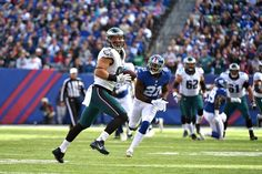 Eagles vs. Giants:  28-23, Giants  -  November 6, 2016  -      Tight end Zach Ertz