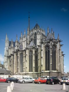 Amiens, Cathédrale Notre-Dame - Mapping Gothic France