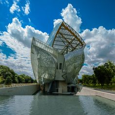 close-up of fondation louis vuitton by frank gehry in bois de boulogne park, paris