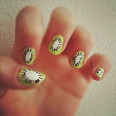 The 43 Most Amazing Manicures On Instagram--KIWIS