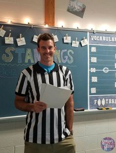 Teach Vocabulary Using Football & Class Competition Students of History Vocabulary Strategies, Teaching Vocabulary, Vocabulary Activities, Teaching Science, Teaching Rules, Teaching History, High School Biology, Middle School Science, 6th Grade Reading