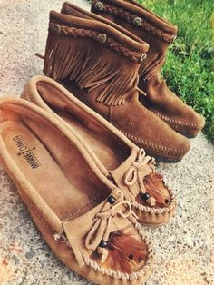 Affordable and an easy way to spice up a comfy outfit. #minnetonka#moccasins#musthave