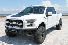 "For Sale: 2018 Ford F-150 Raptor SuperCrew (""1 Off Edition"", modified, Oxford White, 3.5L EcoBoost V6, 10-speed auto, 26K miles) 2018 Ford F150, Power Ran, Desert Design, Black Hood, Oxford White, Ford Raptor, Transfer Case, Classic Cars Online, Rear Seat"
