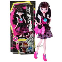 Mattel Year 2015 Monster High How Do You Boo? Series 11 Inch Doll Set - Daughter of Dracula DRACULAURA with Earrings and Purse