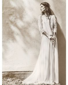 We just love Laure De Sagazan wedding dresses and bridal separates, pretty, delicate, romantic and oh-so-chic! With gorgeous photography by Laurent Nivalle. Bridal Musings, Laura Lee, Boho Wedding, Wedding Gowns, Wedding Blog, Forest Wedding, Woodland Wedding, Wedding Attire, The Bride