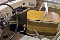 ~ vintage picnic basket ~ (and car!) Every family had a picnic basket...