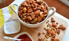 Sweet & smoky spiced nuts #Paleo #Vegan #Glutenfree #Cleaneating #Canada