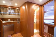 Apreamare 38 comfort galley #theyachtowner #theyachtownernet