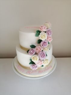 sugar flowers Rose Cake, Sugar Flowers, The Hamptons, Cakes, Desserts, Food, Deserts, Kuchen, Dessert