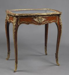Fine Louis XV Style Kingwood Vitrine Table by François Linke | From a unique collection of antique and modern vitrines at https://www.1stdibs.com/furniture/storage-case-pieces/vitrines/