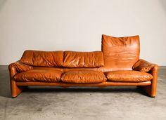 Marlunga Sofa by Vico Magistretti for Cassina 70s Furniture, Italian Furniture, Luxury Furniture, Vintage Furniture, Furniture Design, Dream Furniture, Vintage Sofa, Vintage Leather, Ikea Sofa Bed