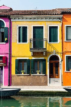 Colorful houses in Burano, Venice by Ruth Black for Stocksy United Red Houses, Colorful Houses, Colourful Buildings, Beautiful Buildings, Building Front, Colour Architecture, House Photography, Holiday Places, Cute House