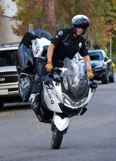 BMW R1200RT #police #motorcycles #setcom http://setcomcorp.com/wireless.html