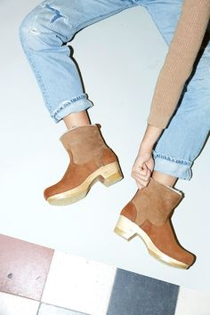 """5"""" Pull on Shearling Boot on Mid Heel in Natural"""