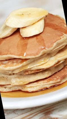 Have you tried making your pancakes with banana batter yet?#Pancake #Recipe #Pancakes #Banana #Batter Pancake Recipe No Eggs 42+ Banana Batter Pancakes | Pancake Recipe No Eggs | 2020 Breakfast Pancakes, Banana Pancakes, Easy Video, Easy Meals, Make It Yourself, Healthy, Recipes, Eggs, Food