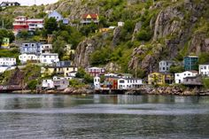 A view of the Battery ( something to do with the war and their guns on the side of the cliff) and there are people who actually live there now and the homes are a fortune cause they are right on the ocean .