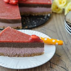 Tort raw de caise si ciocolata - Arome de poveste Cheesecake Recipes, Raw Vegan, Deserts, Fish, Cooking, Homemade Desserts, Pie, Kitchen, Pisces