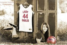 tomekitilsonphotography.com.  senior portraits. senior photos.  girls basketball photo.